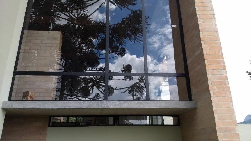 Esquadrias de alumínio em louveira