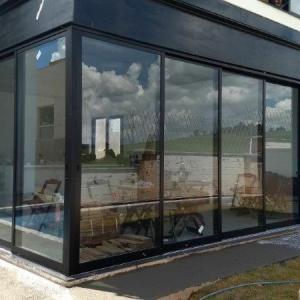 Portas e janelas em alumínio sob medida